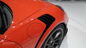 porsche 911 issues porsche 911 gt3 rs owners report downforce issues on nurburgring