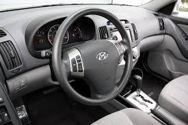 2010 hyundai elantra interior hyunda s elantra gets interior equipment