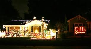 lazy christmas lights the living muse the lazy christmas decorator