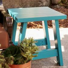 Outdoor End Table Plans Free by Build A 2x4 Outdoor Table With My Free Plans Small Home Soul