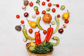 imagenes gratis de frutas y verduras frutas y verduras cerca del tazón descargar fotos gratis