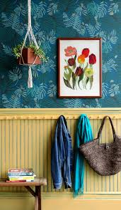 make this distressed wainscoting painting diy project by