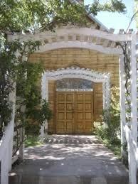 wedding arch las vegas bonnie springs ranch wedding chapel las vegas review