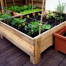 the 25 best pallett planter ideas on pinterest pallet planters