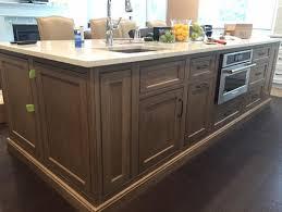 shiloh kitchen cabinets shiloh river rock finish is gorgeous