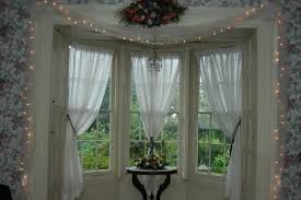 country curtains for bow windows u2022 curtain rods and window curtains