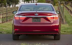lexus gs430 trunk wont open consumer reports finds issue with 2013 lexus es gs is emergency