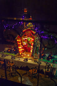 235 best the haunted mansion images on pinterest disney haunted