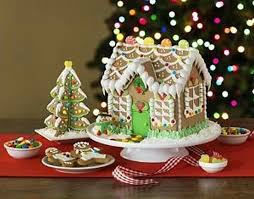 25 best gingerbread houses images on pinterest gingerbread