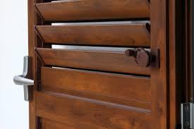 persiane legno persiane legno alluminio folusci tolentino macerata infissi