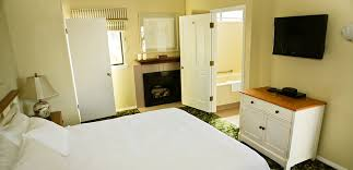Moonstone Cottages Cambria Ca by Cottage King Whirlpool Cambria Inn White Water Inn