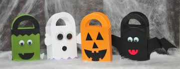 halloween goodies for toddlers make it pretty wednesdays halloween treat bags diy halloween