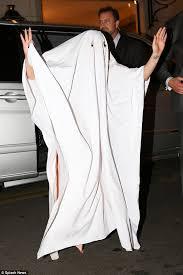 Jane Killer Halloween Costume Lady Gaga Wears Table Cloth Head Makeshift Halloween