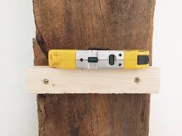Reclaimed Wood Shelf Diy by Diy Reclaimed Wood Bookshelf By Anna Elyce Smith