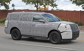 2018 ford expedition looks spacious in latest spy photos