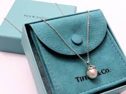 pearls necklace tiffany images Best 25 tiffany pearl necklace ideas hollywood jpg