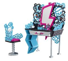 Monster High Bedroom Decorations Amazon Com Monster High Frankie U0027s Vanity Playset Toys U0026 Games