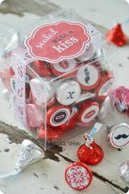valentine gifts ideas homemade valentines sealed with a kiss