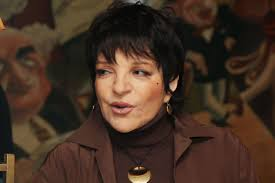 liza minnelli quietly selling off andy warhol collection page six