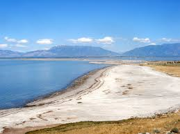 Utah beaches images Beach by the causeway antelope island state park utah jpg