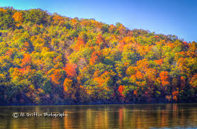 autumn u0027s ever changing canvas at lake of the ozarks our eyes