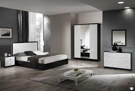 chambre noir et blanc design paraiba laque blanc et noir ensemble chambre a coucher