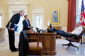 photos barack obama u0027s laid back feet up office style vanity fair
