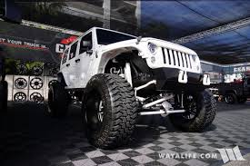 badass white jeep wrangler 2017 sema gear alloy wheels white jeep jk wrangler unlimited