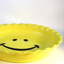 personalized pie plate ceramic smiley pie plate happy pie plate ceramic pie