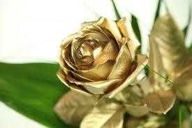 goldene hochzeit blumen goldene rosenbote