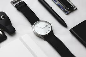 10 minimalist watches under 200 everyday carry