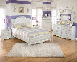 Furniture White Leather Girls Bed With Tufted Headboard And - White leather headboard bedroom sets
