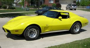 1977 corvette images exle of bright yellow paint on a 1977 gm corvette yellow c3