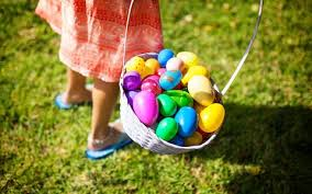 Buy Easter Decorations Online Uk by Easter Becoming A U0027second Christmas U0027 As Families Buy Crackers For