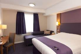 Premier Inn George Square Glasgow UK Bookingcom - Family rooms glasgow