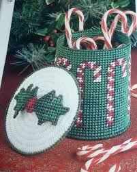 Plastic Candy Canes Wholesale 1561 Best Plastic Canvas Patterns Images On Pinterest Plastic