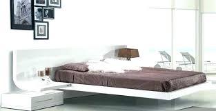 chambre laqué blanc brillant table de chevet laque blanc chambre laque blanc brillant lit laque