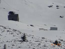 Cabane En Montagne Zoom Sur La Cabane Une Maison En Montagne