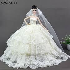 robe beige pour mariage beige dentelle robe de mariage pour poupée princesse de