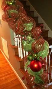 Christmas Railing Decorations Best 25 Christmas Staircase Decor Ideas On Pinterest Christmas