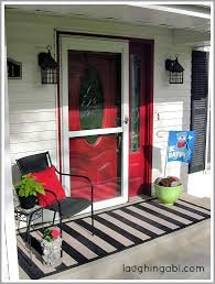 Diy Outdoor Rug Cheap Spring Porch Makeover With A Diy Painted Rug Laughing Abi