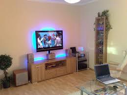 Wohnzimmer Heimkino Einrichten Funvit Com Tapete Beton Wohnzimmer
