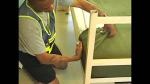The Proper Way To Make A Bed Must See Survive Basic Training Learn To Make A Military Bunk