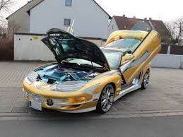 Pontiac Trans Am Pics Persian Builds Golden Pontiac Trans Am Is Selling It For 3 7
