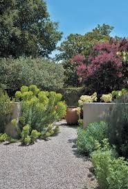 Gartengestaltung Mit Steinen Und Grsern Modern Kiesbeet Anlegen Gestaltung Eines Mediterranen Gartens