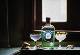 martini gin driving the oyster martini experience with sidecars starchefs com