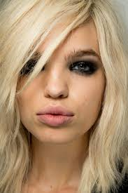 what is in hair spring and summer 2015 get the look rockstar chic at the tom ford spring summer 2015