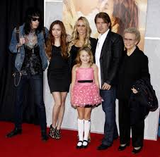 trace cyrus and noah cyrus photos photos miley cyrus and liam