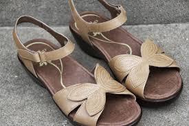 susan u0027s disney family dansko shoes spring shoes so stylish and
