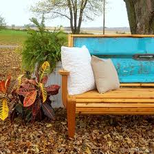 Bench Made From Tailgate Grandma U0027s Chippy Tailgate Bench Tutorial And Free Building Plans